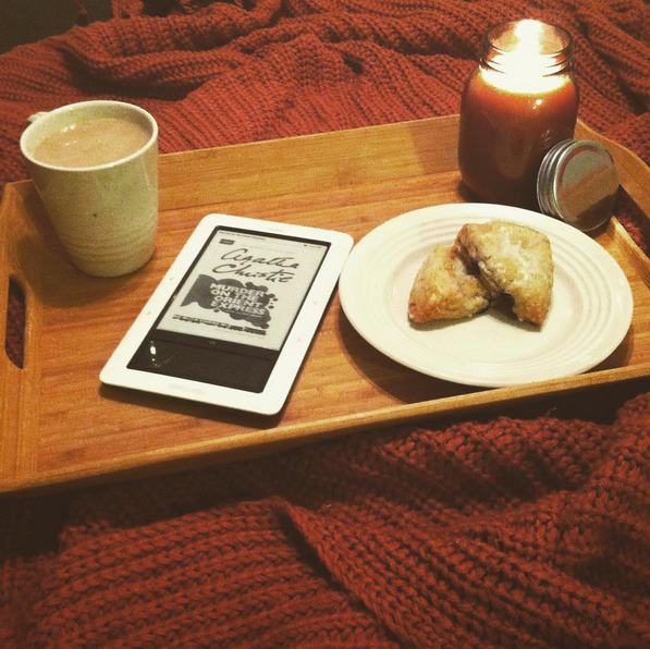 Getting cozy via the Books & Tea instagram